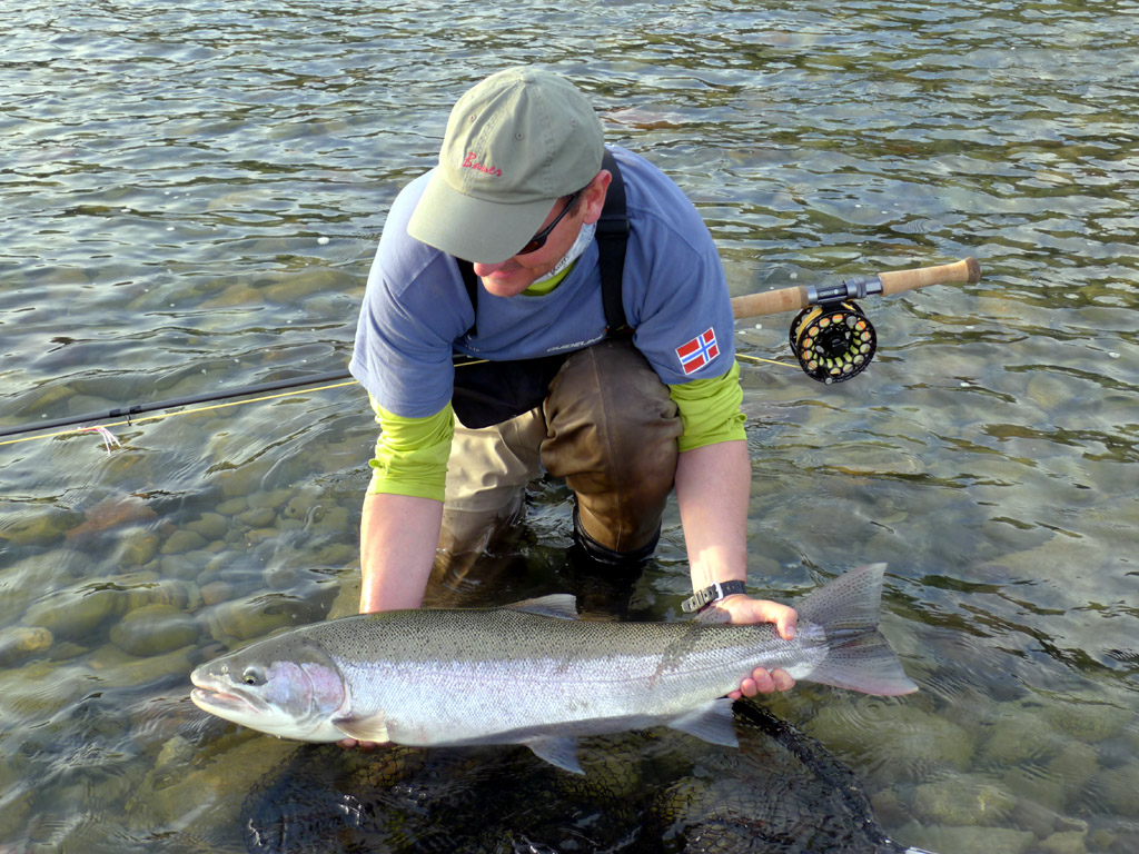 Kalum river lodge canadian steelhead fly fishing guides terrace bc skeena region our lodges sciox Image collections